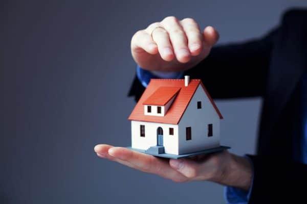 Quand on fait un prêt immobilier pour du locatif : est-on obligé de prendre une assurance?
